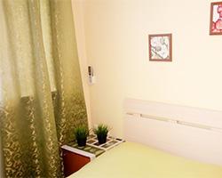 Furnished room in an apartment in the Zheleznodorozhny district. Ispanskikh rabochikh Str, 35.